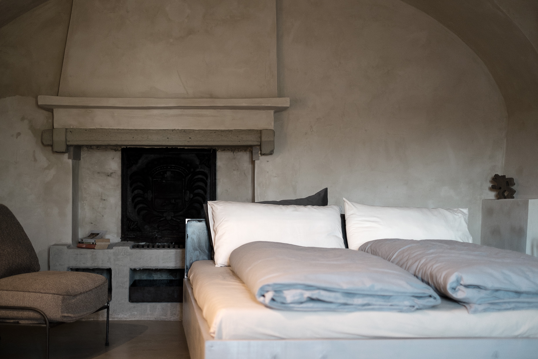 Peachy Castello Serafina Hauser Weine Piemont Download Free Architecture Designs Jebrpmadebymaigaardcom